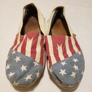 Madden Girl Sz 8 American slip on shoes